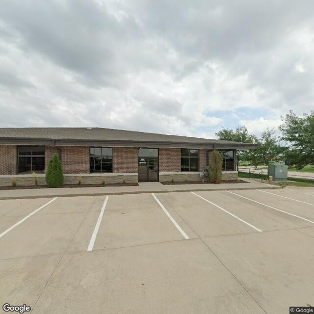 5705 NW 100th St,Johnston,IA,50131,US