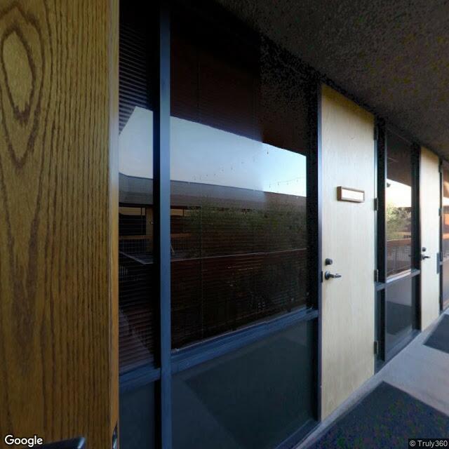 9404 Genesee Ave,La Jolla,CA,92037,US
