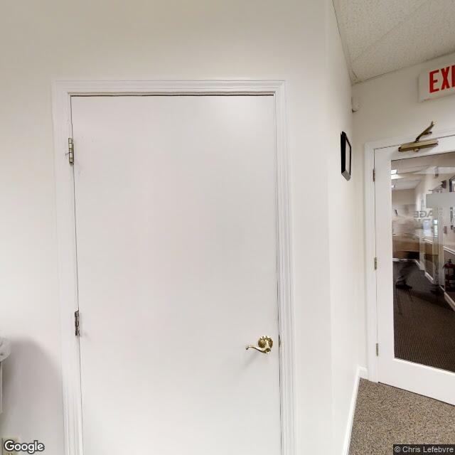 2 Elm Sq,Andover,MA,01810,US