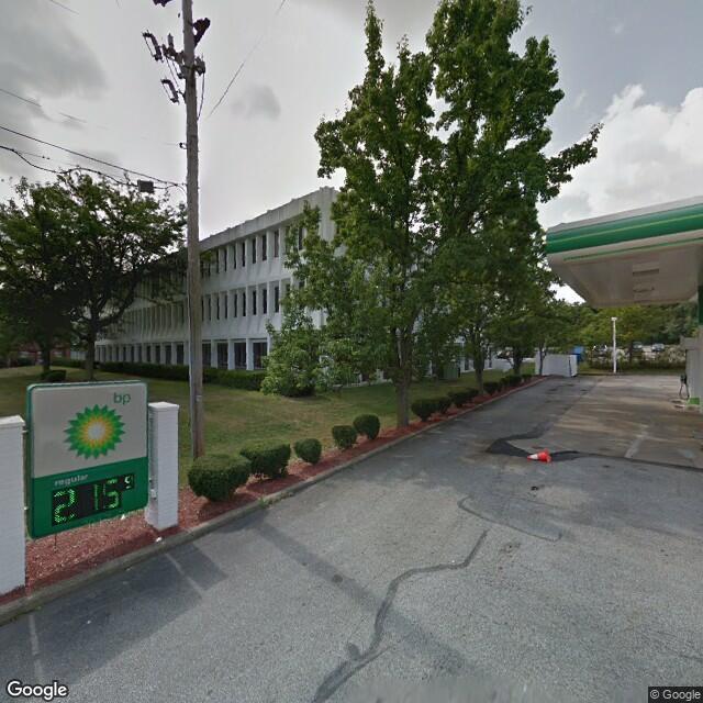 3090 W Market St,Akron,OH,44333,US