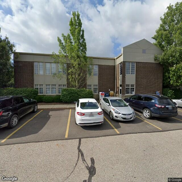 525 N Cleveland-Massillon Rd,Akron,OH,44333,US