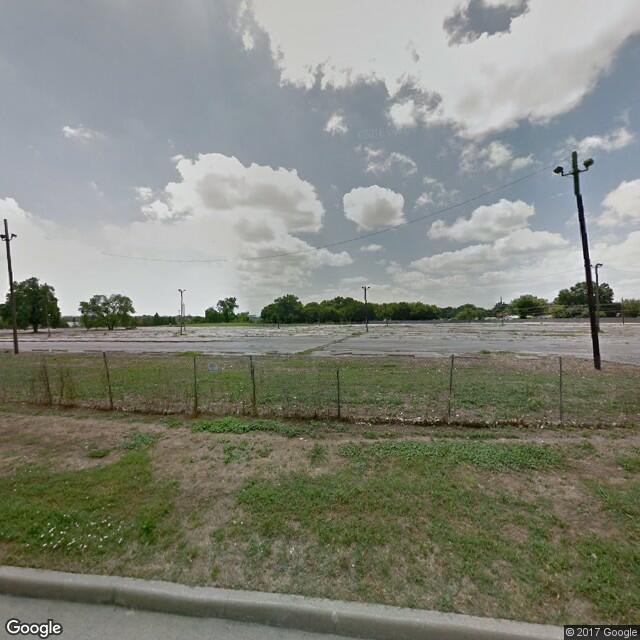 8390 Lyndon B. Johnson Freeway