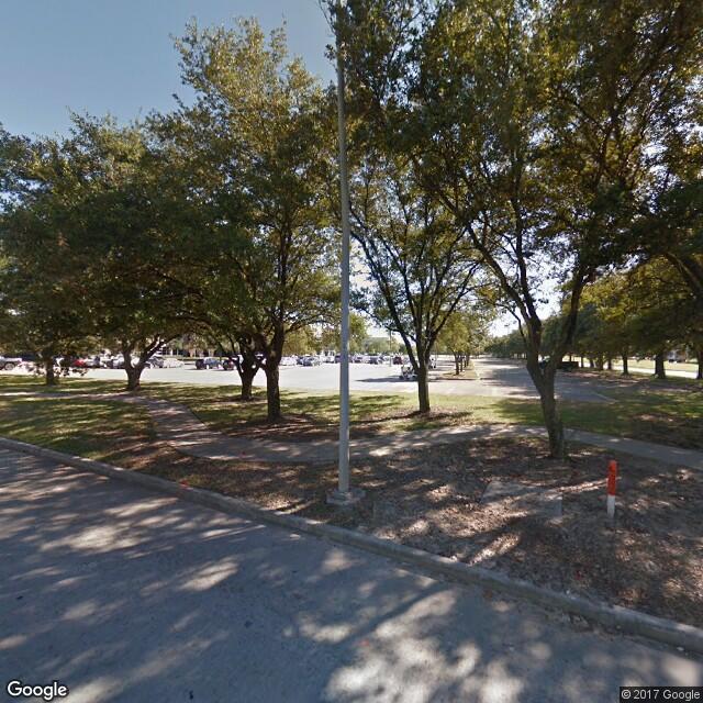 785 Greens Parkway