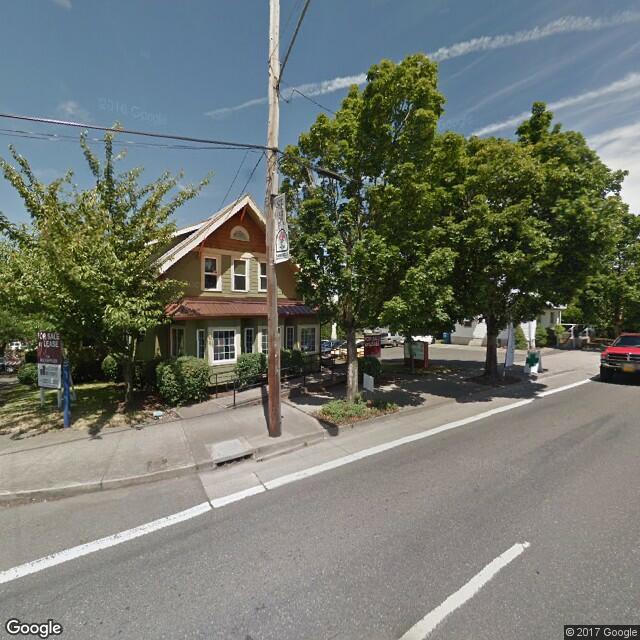 10905 NE Sandy Boulevard