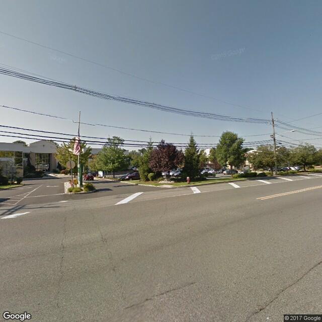 2163 Oak Tree Rd