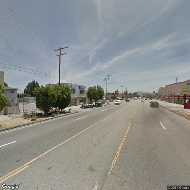 6040 Vineland Ave
