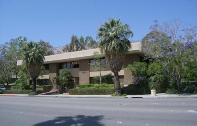 1401 N Palm Canyon Dr