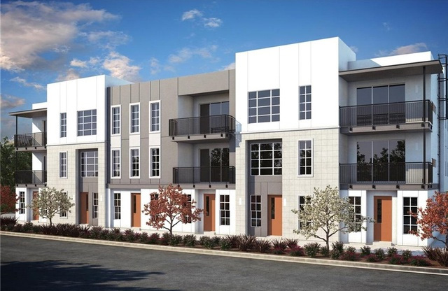 2025 Newport Blvd