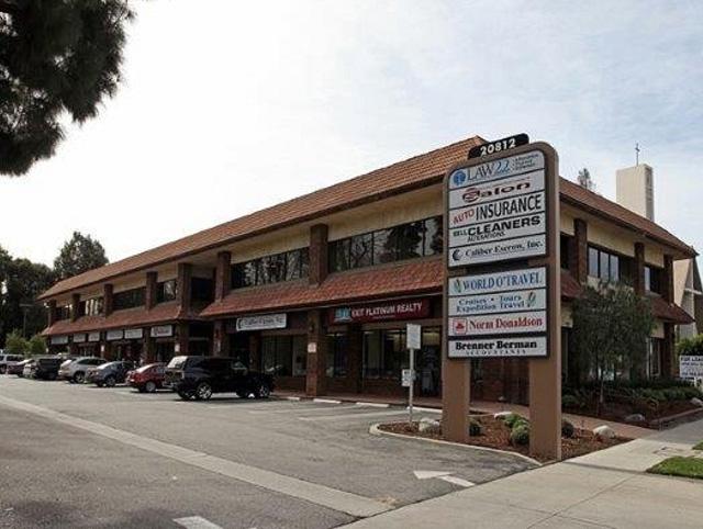 20812 Ventura Blvd