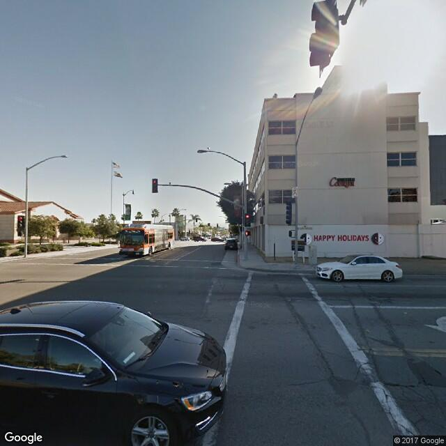 499 N Canon Dr