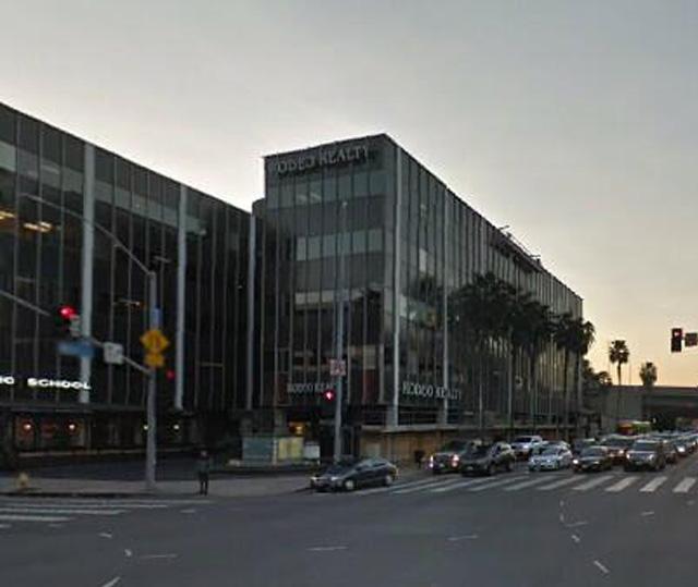 15301 Ventura Blvd