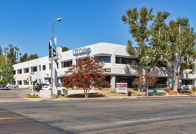 5435-5445 Balboa Blvd.