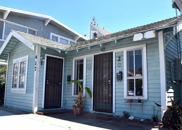 3900 Birch Street