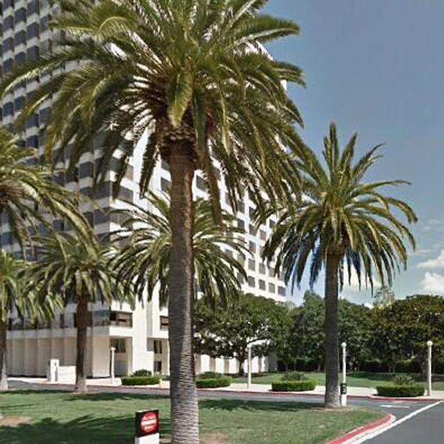 1 Park Plaza