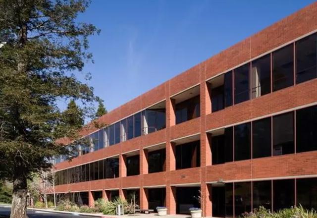 2755 Campus Drive