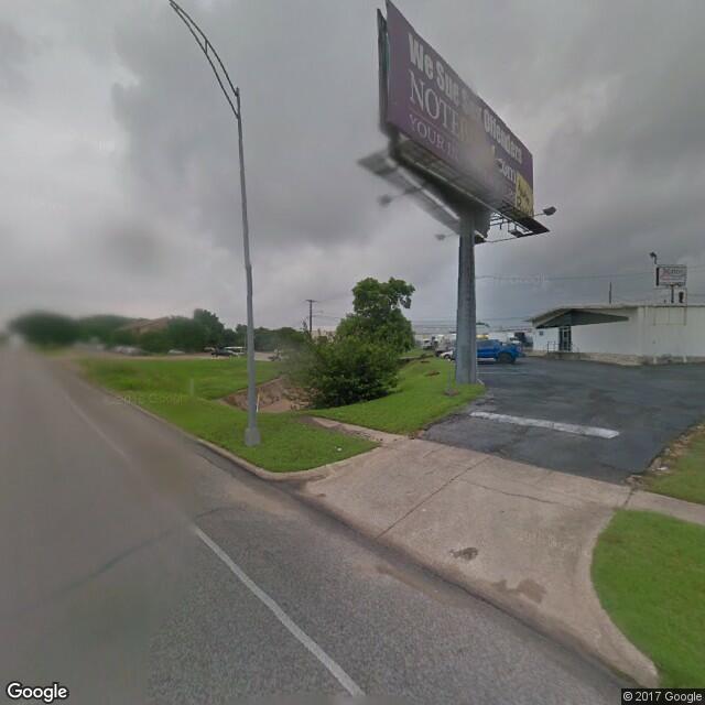 4200-4304 Airport Freeway