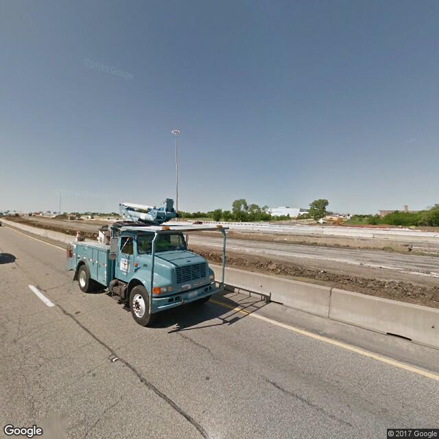 4250 North Freeway