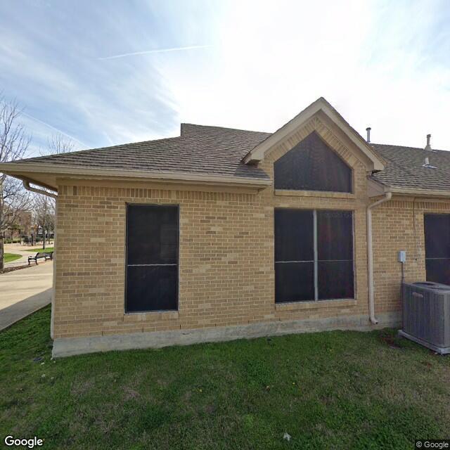 217 N Oak St, Roanoke, TX 76262