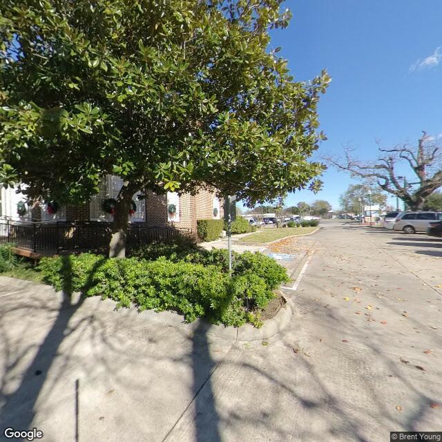 505 N Main St, Conroe, TX 77301