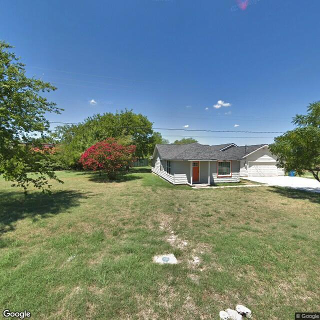 905 N Oak St, Roanoke, TX 76262