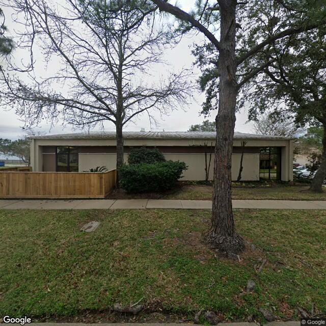 9 Professional Park Dr, Webster, TX 77598